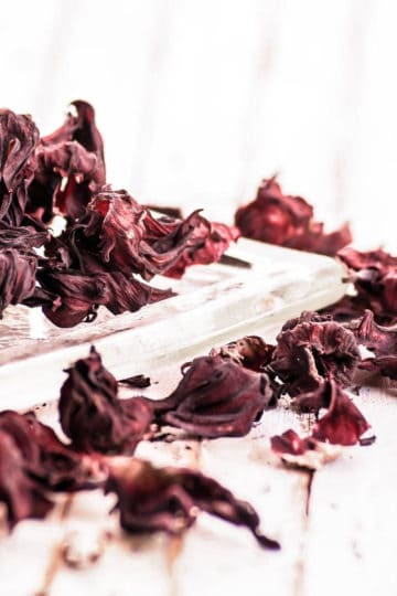 dried hibiscus calyces and the health benefits of hibiscus flowers